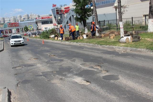 Бульвар Электроаппаратчиков до реконструкции была изрядно потрепана.
