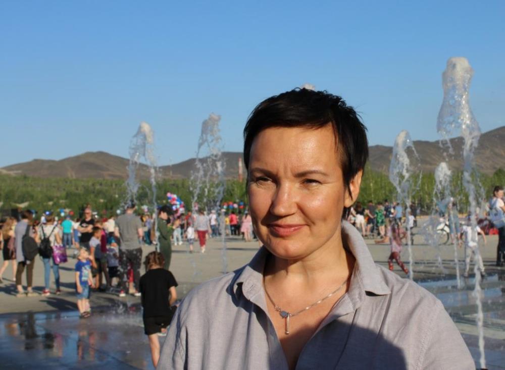 Елена Тарасова.