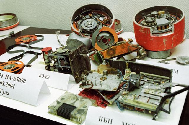 Бортовые самописцы самолетов Ту-134 и Ту-154, потерпевших крушение 24 августа 2004 г.