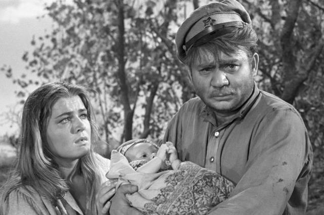 В фильме «Когда деревья были большими» Чурсина и Леонов создали пронзительный дуэт.