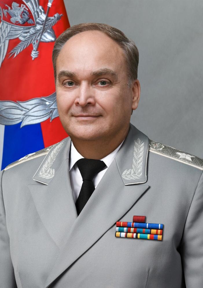 Анатолий Антонов.