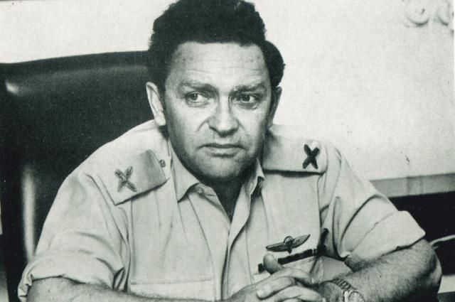 Ицхак Арад в израильской армии.