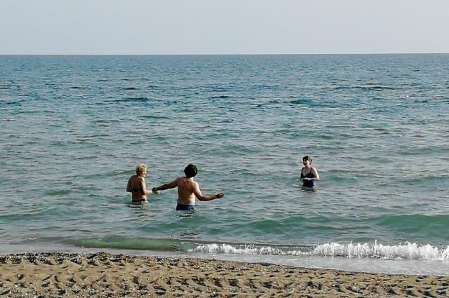 В Турции уже в апреле месяце море тёплое.