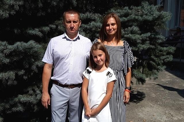 Сергей Тюрморезов женат на потомственной казачке красавице Эльвире, с которой воспитывают двух дочерей Каролину и Александру .