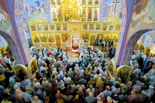 Храм Святой блаженной Ксении Петербургской на Лахтинской улице.