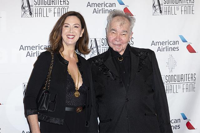 Джон Прайн с женой. 2019 г.