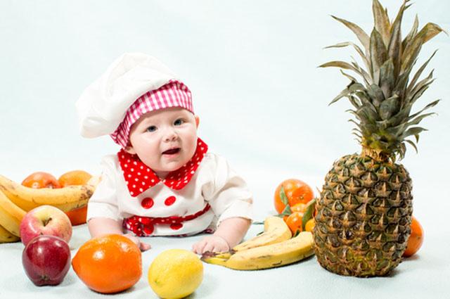 Ребенок, фрукты, овощи