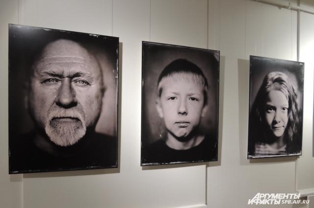 Фотограф уверен, что амбротипы способны лучше передать характер человека.