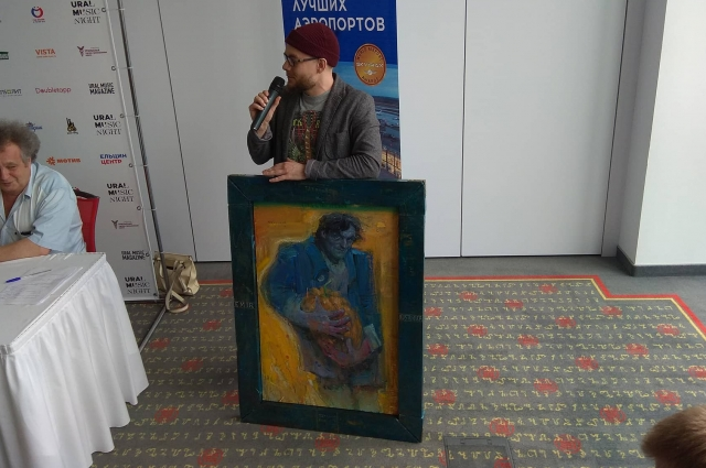 Уральский художник Сергей Кияница нарисовал портрет Кустурицы к его приезду на Средний Урал.