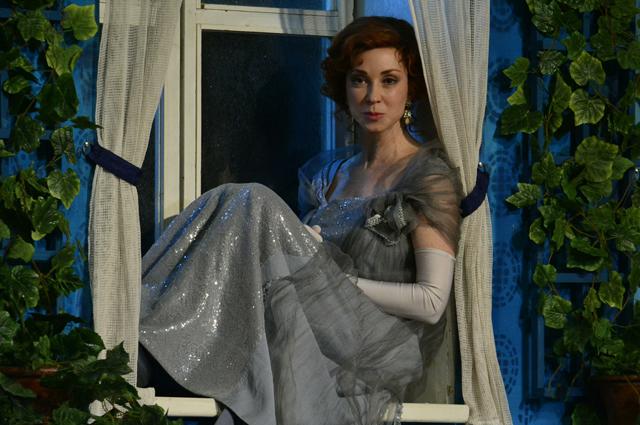 Анна Большова в постановке «Вишневый сад» во МХАТе им. Горького.