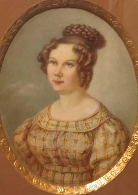 Родителями Екатерины был сотрудник министерства иностранных дел Иван Лаваль и его жена Александра, дочь миллионера Ивана Мясникого.
