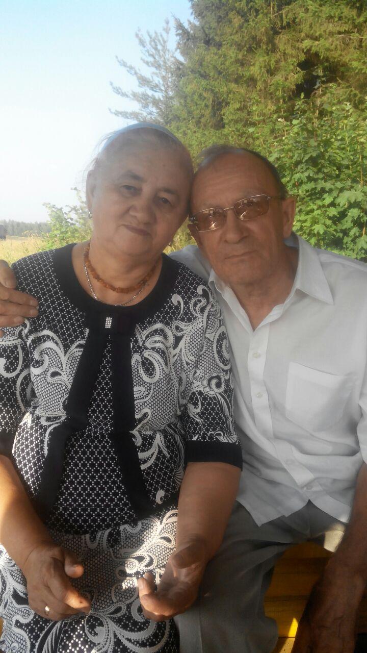 Илгиз Хузин с женой.