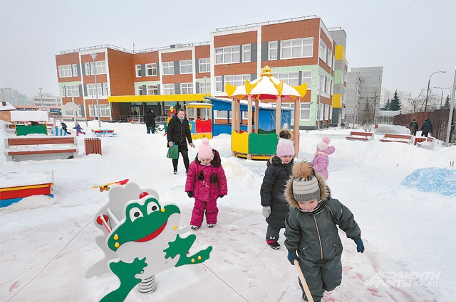 Детские сады и школы будут строить одновременно с домами, в которые переедут жители сносимых пятиэтажек.