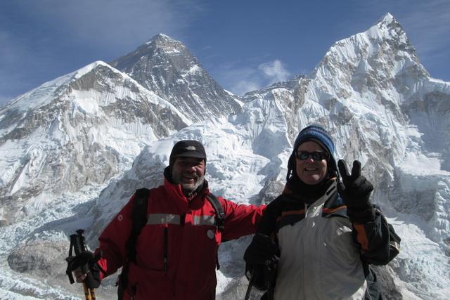 Друг Александра Матиас отметил своё 50-летие с видом на Эверест.