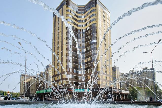 Фонтан на площади проведения событий в ЖМ Олимпийский.