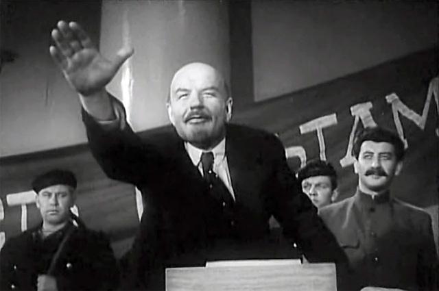 Борис Щукин в фильме «Ленин в Октябре», 1937 год