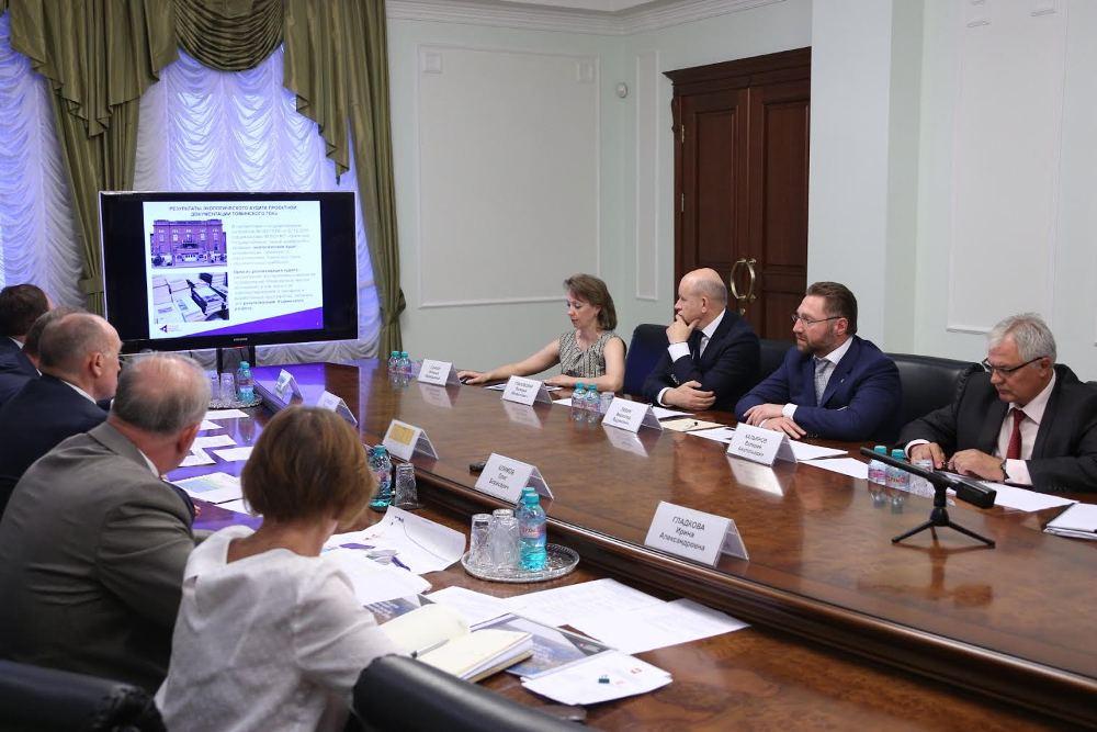 Для ликвидации Коркинского разреза, была создана рабочая координационная группа. Её возглавил губернатор Борис Дубровский. Была детально разработана дорожная карта. Работа идёт в тесном контакте абсолютно со всеми заинтересованными ведомствами и надзорными органами.