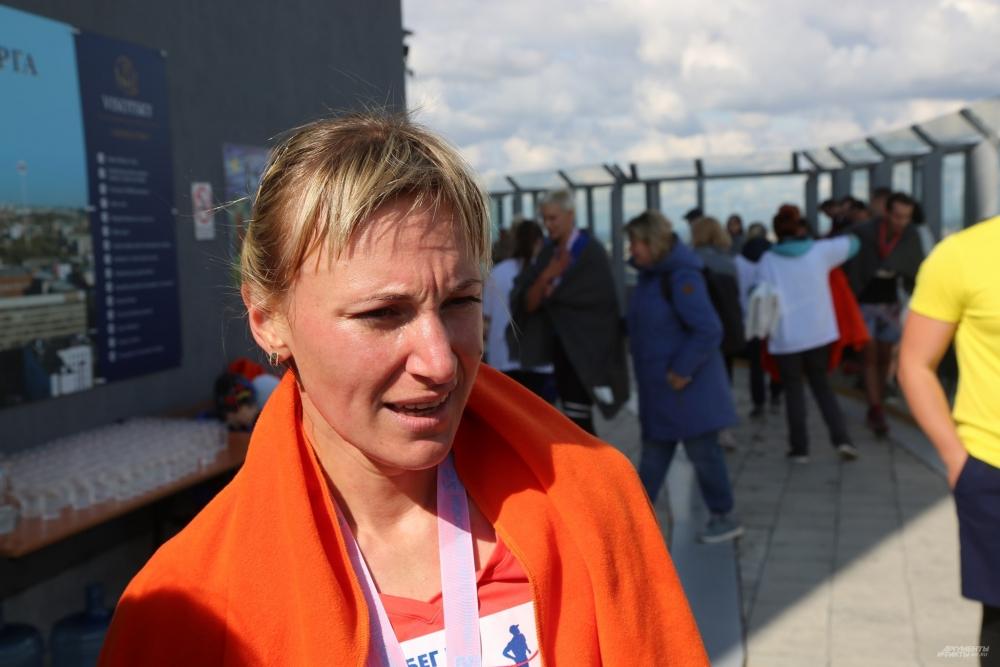 Победительница женского зачета Любовь Новгородцева.