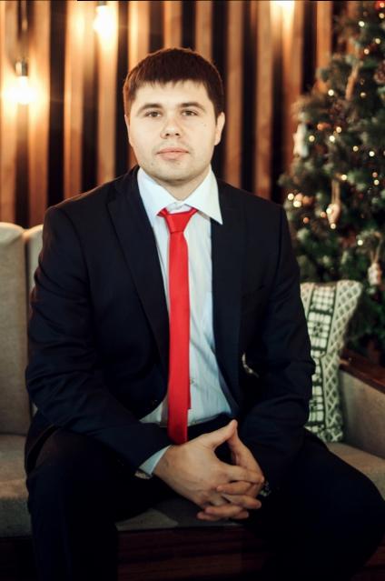Евгений Макалов