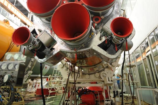 Сопла двигателей ракеты-носителя «Союз-У».