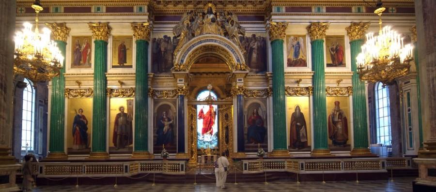 Иконостас Исаакиевского собора в Санкт-Петербурге.