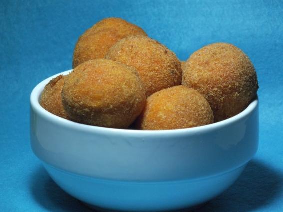 Так выглядят простые картофельные крокеты, в нашем случае они будут скорее похожи на заварные пирожные