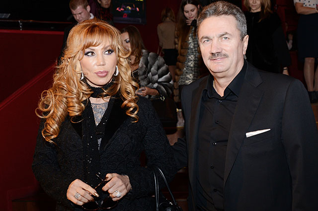 Маша Распутина с супругом, бизнесменом Виктором Захаровым.
