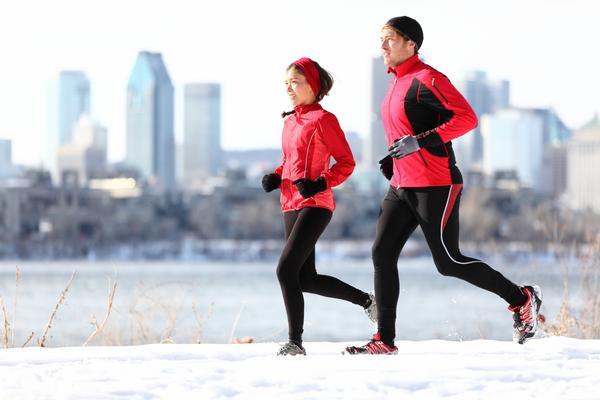 В течение недели спортивным нагрузкам нужно уделять не менее 3-4 часов.