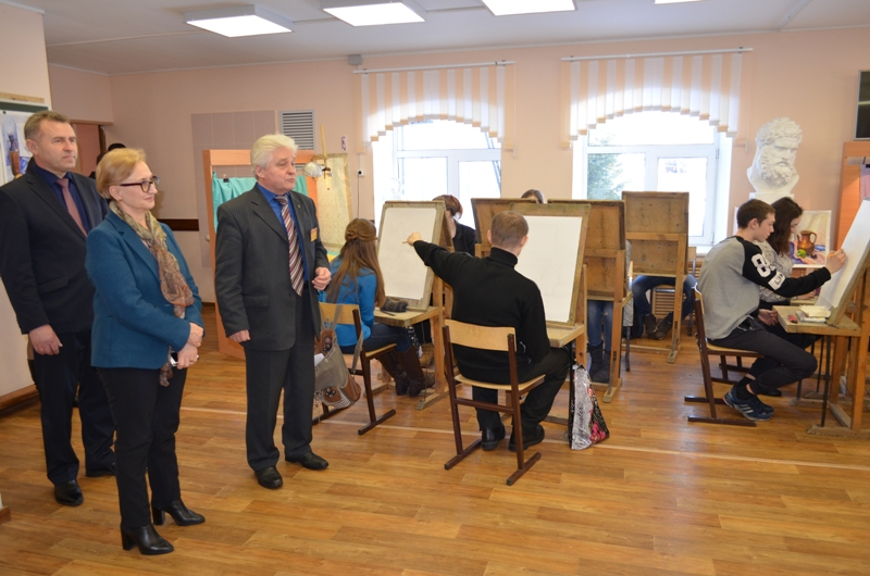 Наталья Назарова встретилась с учениками техникума.