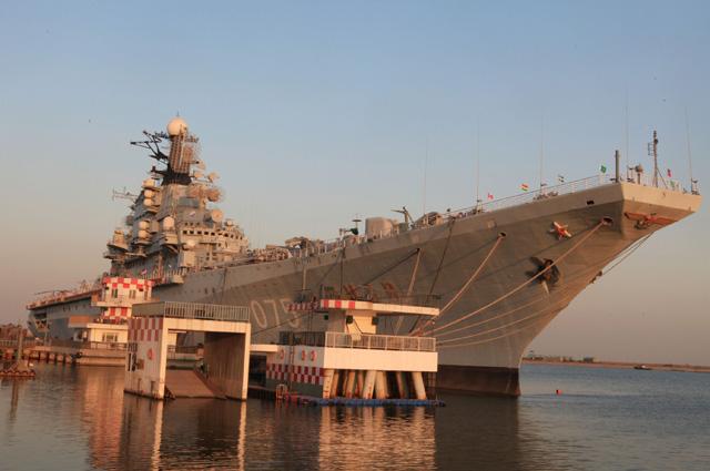 Тяжелый авианесущий крейсер «Киев».