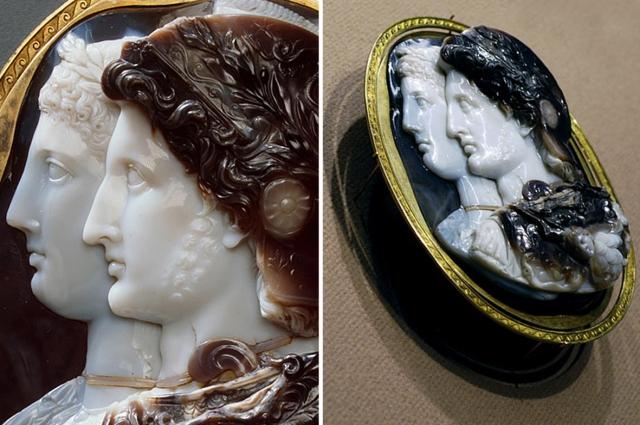 По дворцу Мальмезон, резиденции Жозефины, в XIX веке камею также называли «камеей Мальмезон».