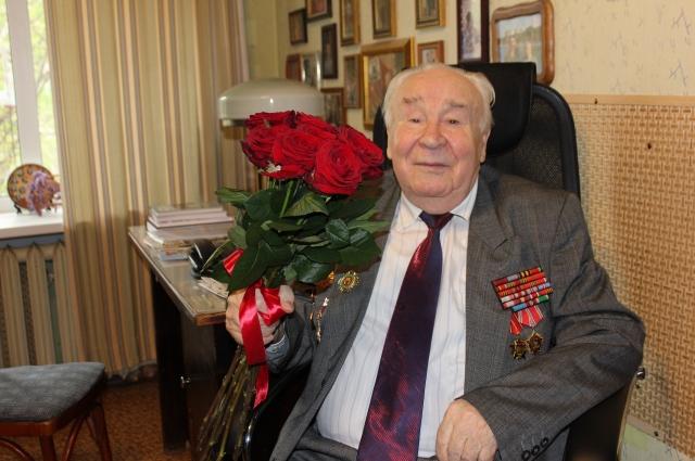 Фронтовик Николай Карпов – участник легендарного Парада Победы 1945 года в Москве.