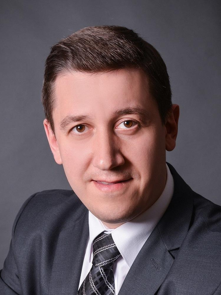 Иван Лавренов
