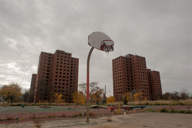 Заброшенные жилые дома в Детройте