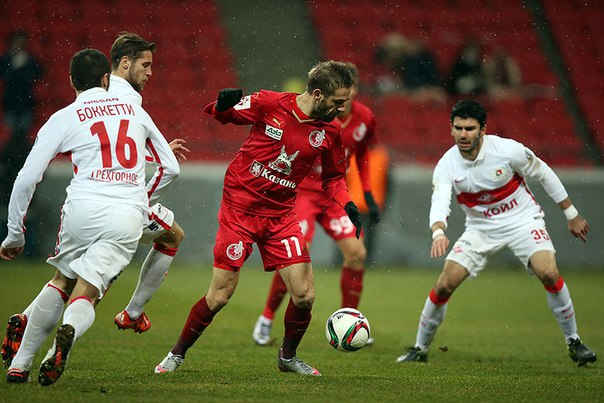 Игра порадовала обилием моментов, скажет потом Дмитрий Аленичев.
