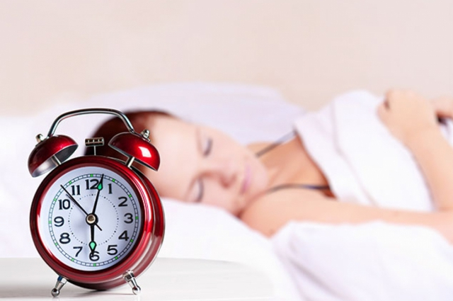 Накануне первого рабочего дня нужно лечь спать пораньше.