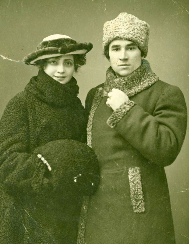 Мирсаид Султан-Галеев с женой Фатимой Ерзиной, 12 апреля 1919 г. Фото: АиФ/ Фото предоставлено Главным архивным управлением при кабмине РТ