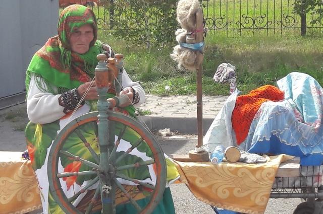 Какая ярмарка без Евдокии Никитичны Наседкиной. Она - легенда Омска.