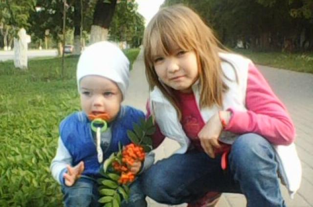 Сашенька тоже миниатюрная, совсем как мама.