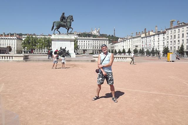 Площадь Белькур в Лионе. Вообще, какой-то песок!