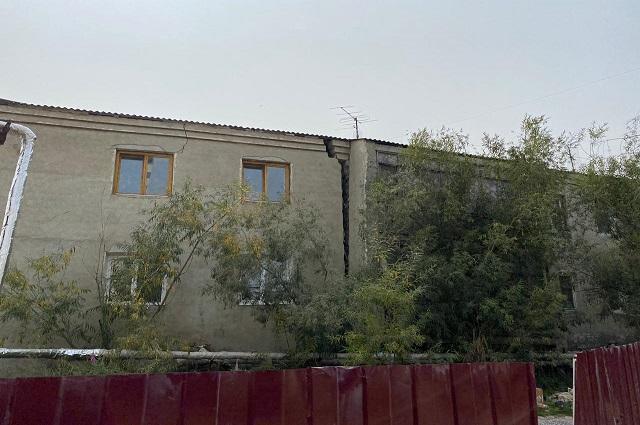 Так выглядит дом на Автодорожной 8/4 с обратной стороны