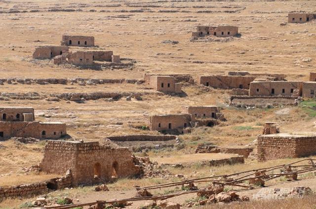 Разрушенная езидская деревня неподалёку от Диарбакыра