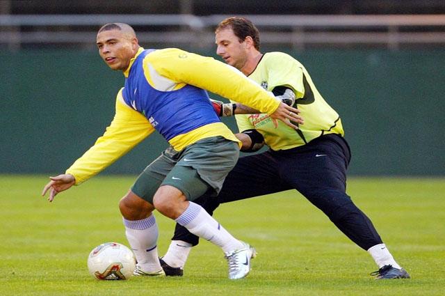 Рожерио Сени успел поиграть с самим Роналдо.