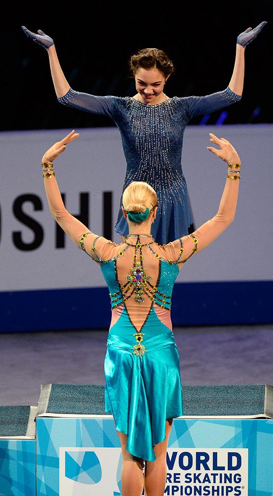 Евгения Медведева и Анна Погорилая на ЧМ в Бостоне.