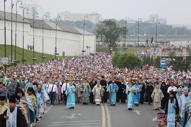 Столько православных в одном месте Казань еще не видела.