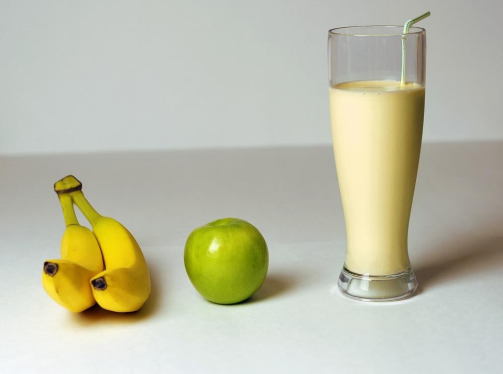 Молочный коктейль - вкусное и полезное лакомство.