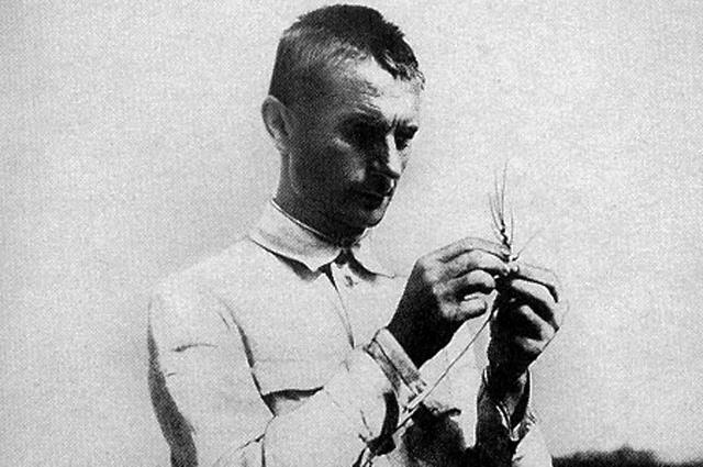 Трофим Лысенко после избрания его в 1934 г. академиком Всеукраинской академии наук