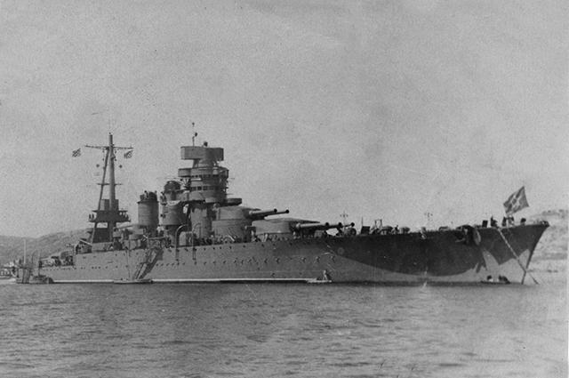 Линейный корабль «Новороссийск» в Севастополе, начало 1950-х годов.
