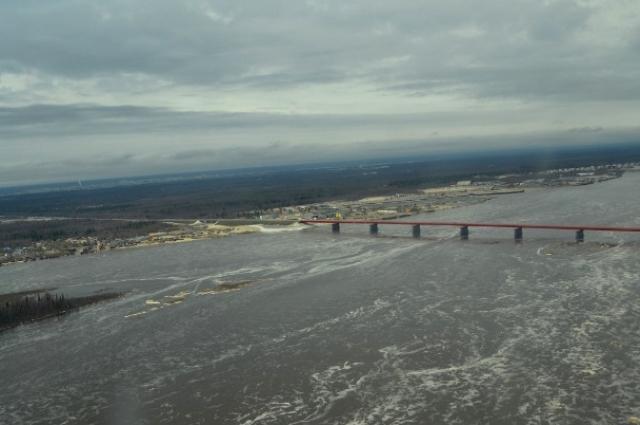 На 07.30 утра 9 июня уровень воды в реке Надым составляет 382 см.