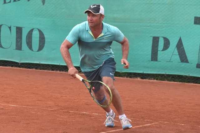 Алексей Оборин с 2013 года занимается большим теннисом.